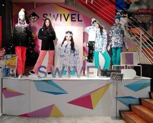 SWIVEL特設ステージ登場♥